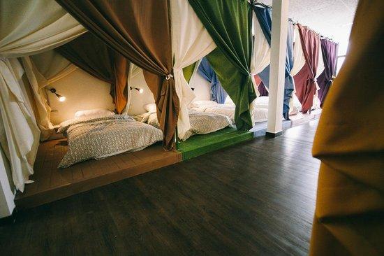 queen-s-hostel